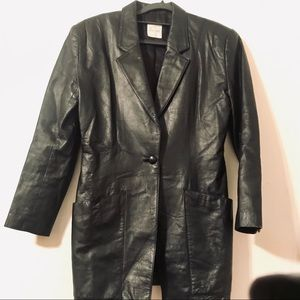 🎈100%  Authentic vintage leather coat/jacket.